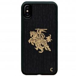 """""""Crafted Cover"""" natūralaus medžio dėklas - Juodas Vytis (iPhone Xr)"""