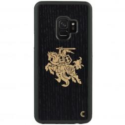 """""""Crafted Cover"""" natūralaus medžio dėklas - Juodas Vytis (Galaxy S9)"""