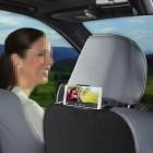 Juodas automobilinis telefono laikiklis tvirtinamas prie galvos atlošo